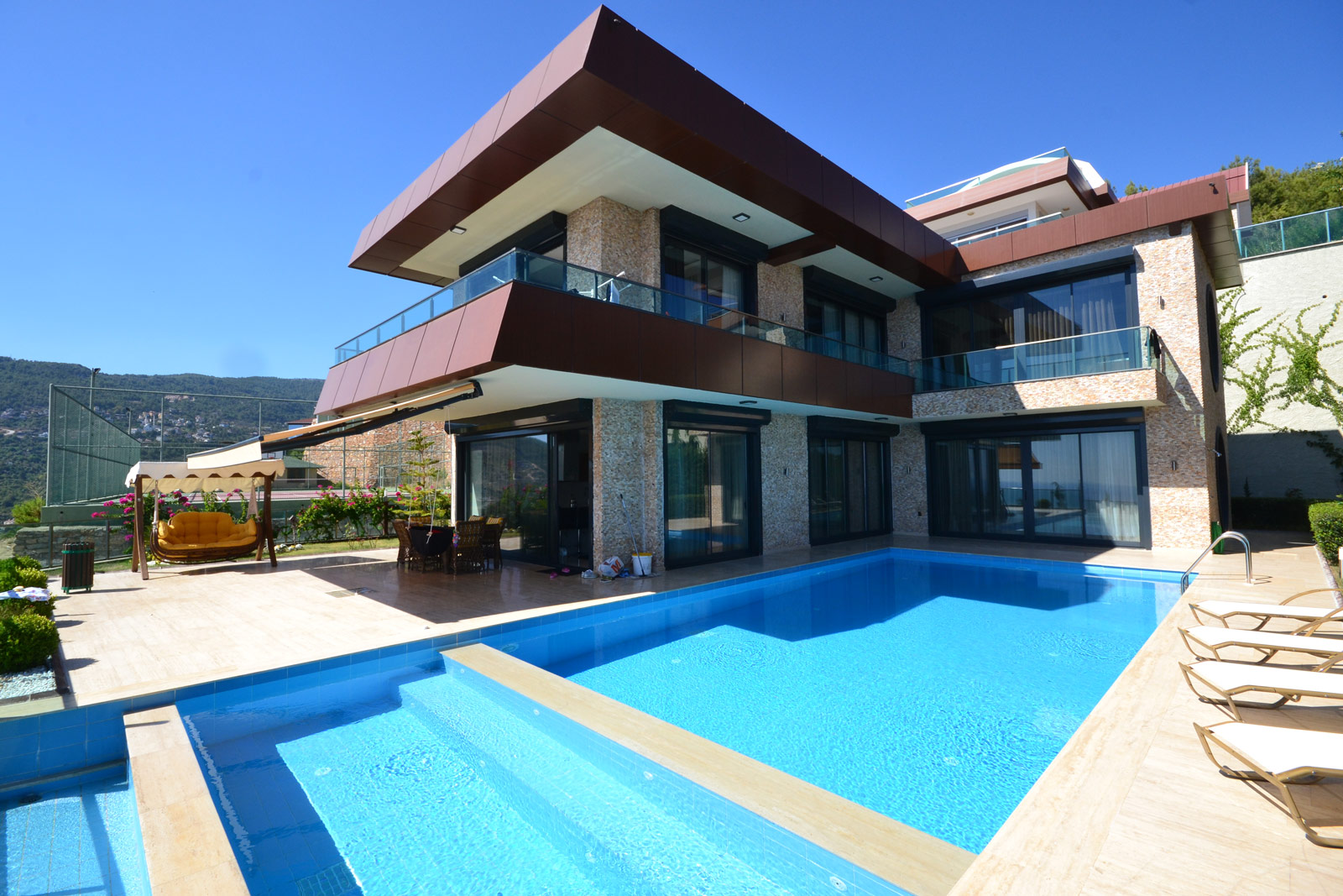 Modern Villas With Breathtaking View
